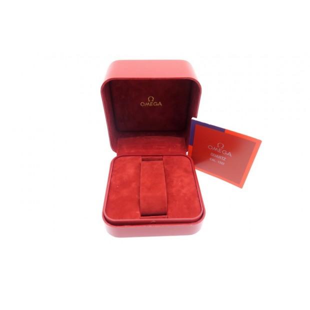 boite pour montre omega calibre 1332 en cuir rouge. Black Bedroom Furniture Sets. Home Design Ideas