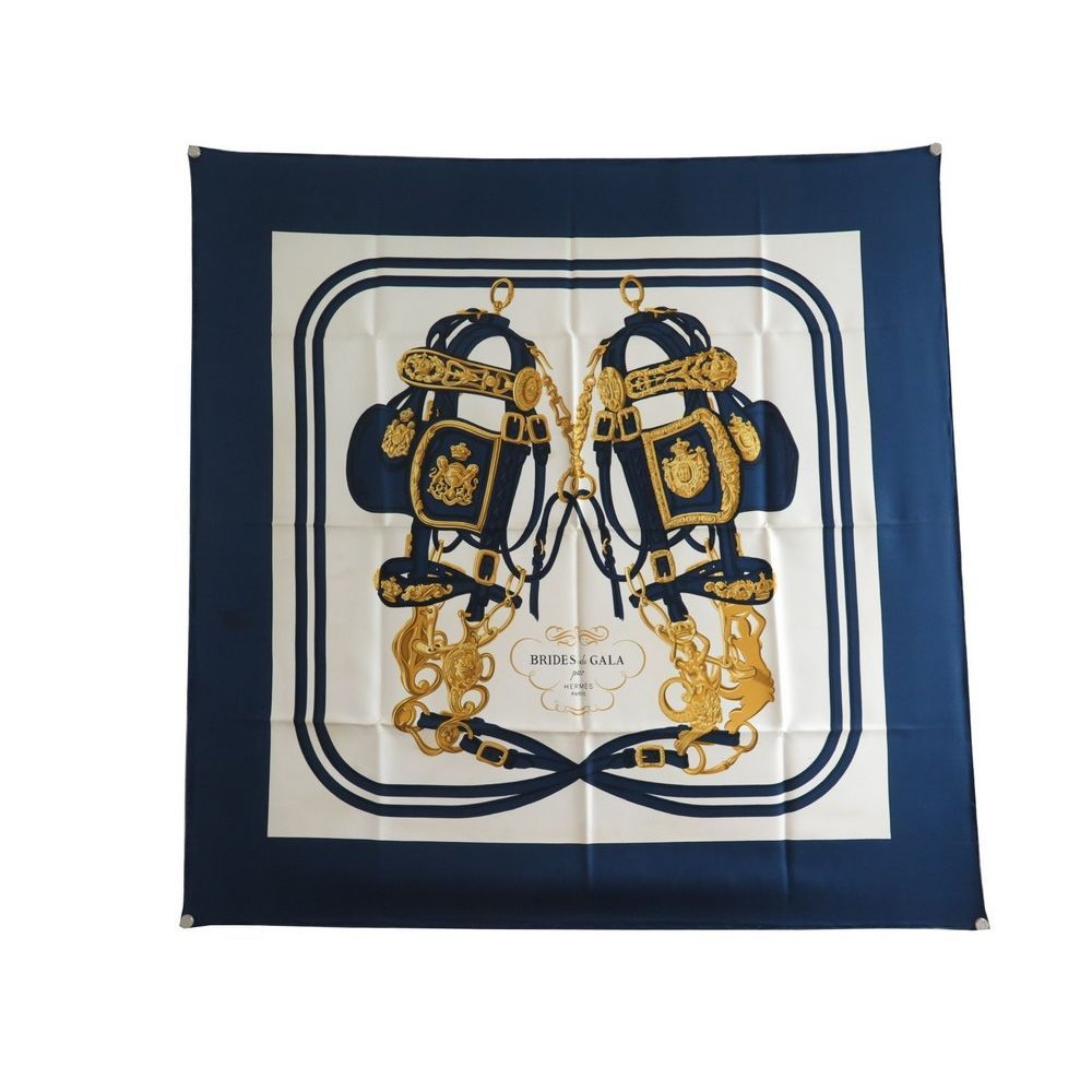 0968f610fc1e foulard hermes brides de gala grygkar carre en soie