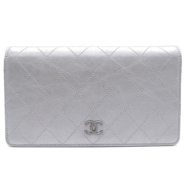 NEUF PORTEFEUILLE CHANEL CUIR ARGENTE