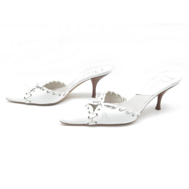 CHAUSSURES DIOR MULES STUDS SANDALES A TALONS 38.5 LACETS CUIR BLANC SHOES 470€