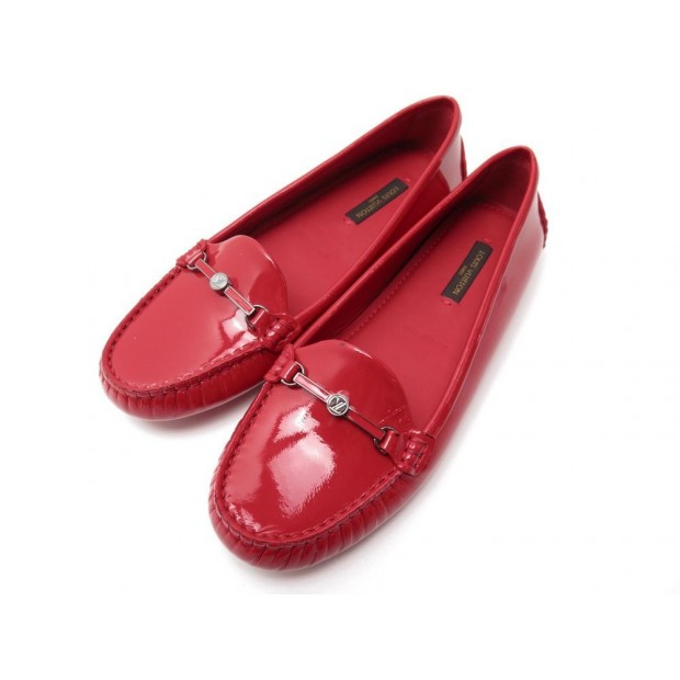 NEUF CHAUSSURES LOUIS VUITTON MOCASSIN CUIR VERNI ROUGE
