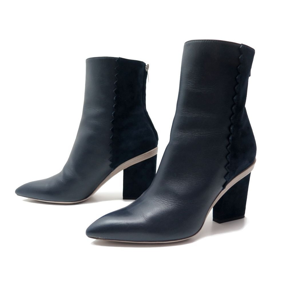 db7fdf075604 NEUF CHAUSSURES HERMES BOTTINES A TALONS CUIR ET DAIM 40 + BOITE LOW BOOTS  1100€. Loading zoom