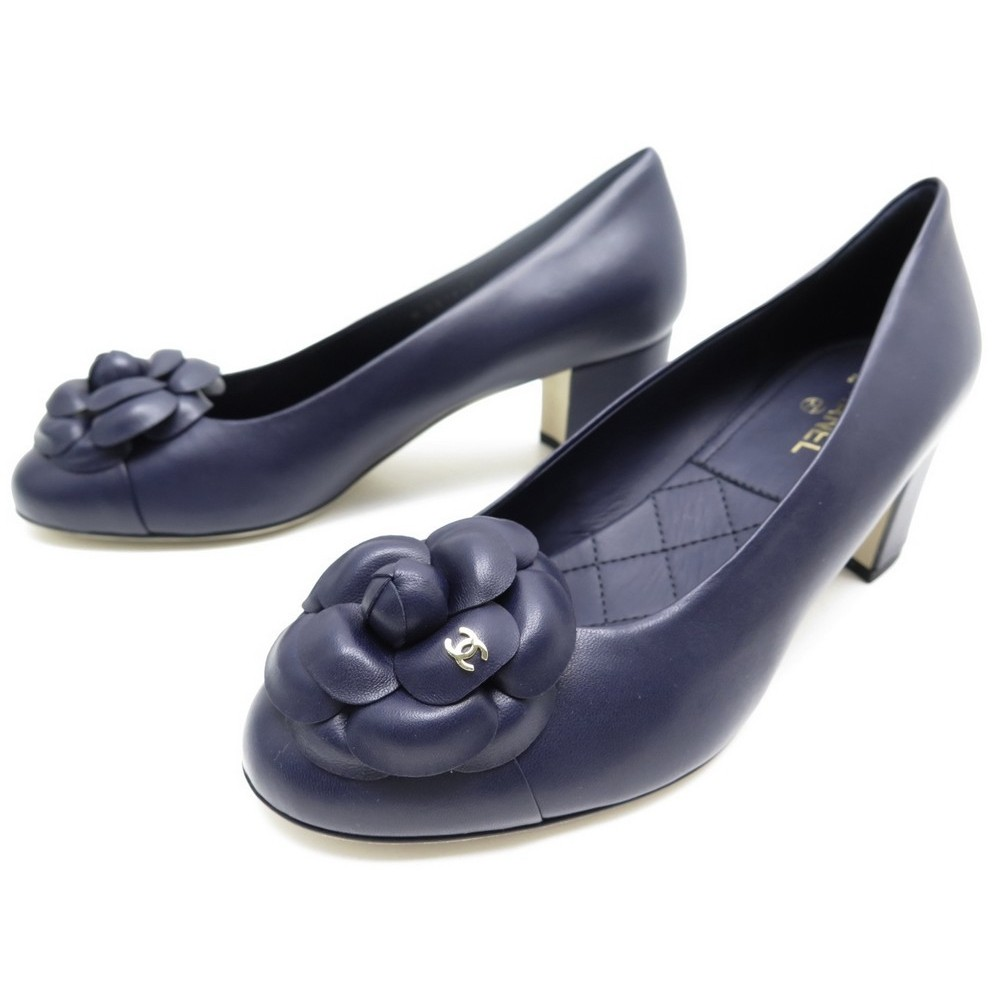 NEUF CHAUSSURES CHANEL ESCARPINS CAMELIA G31545 39 CUIR BLEU MARINE SHOES  790€. Loading zoom 8c957f83184