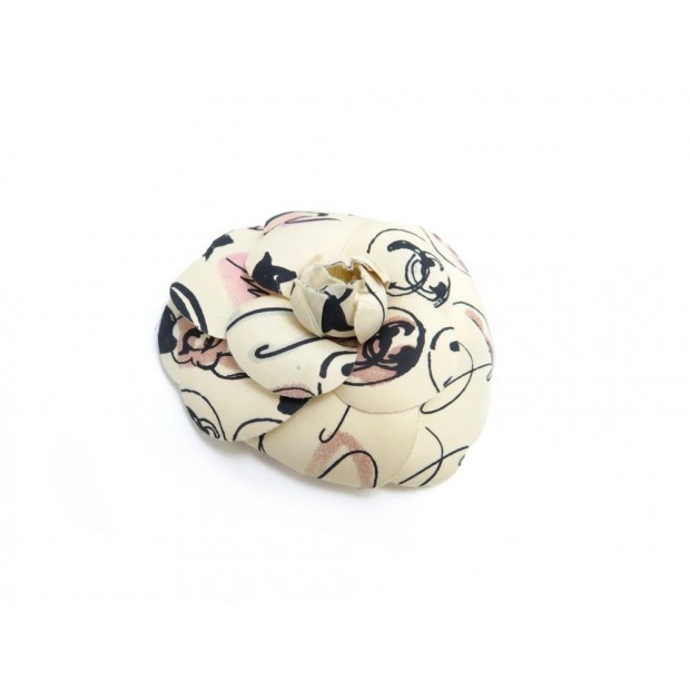 BROCHE CHANEL CAMELIA EN SOIE BEIGE BIJOU PIN SILK BROOCH JEWEL 400€