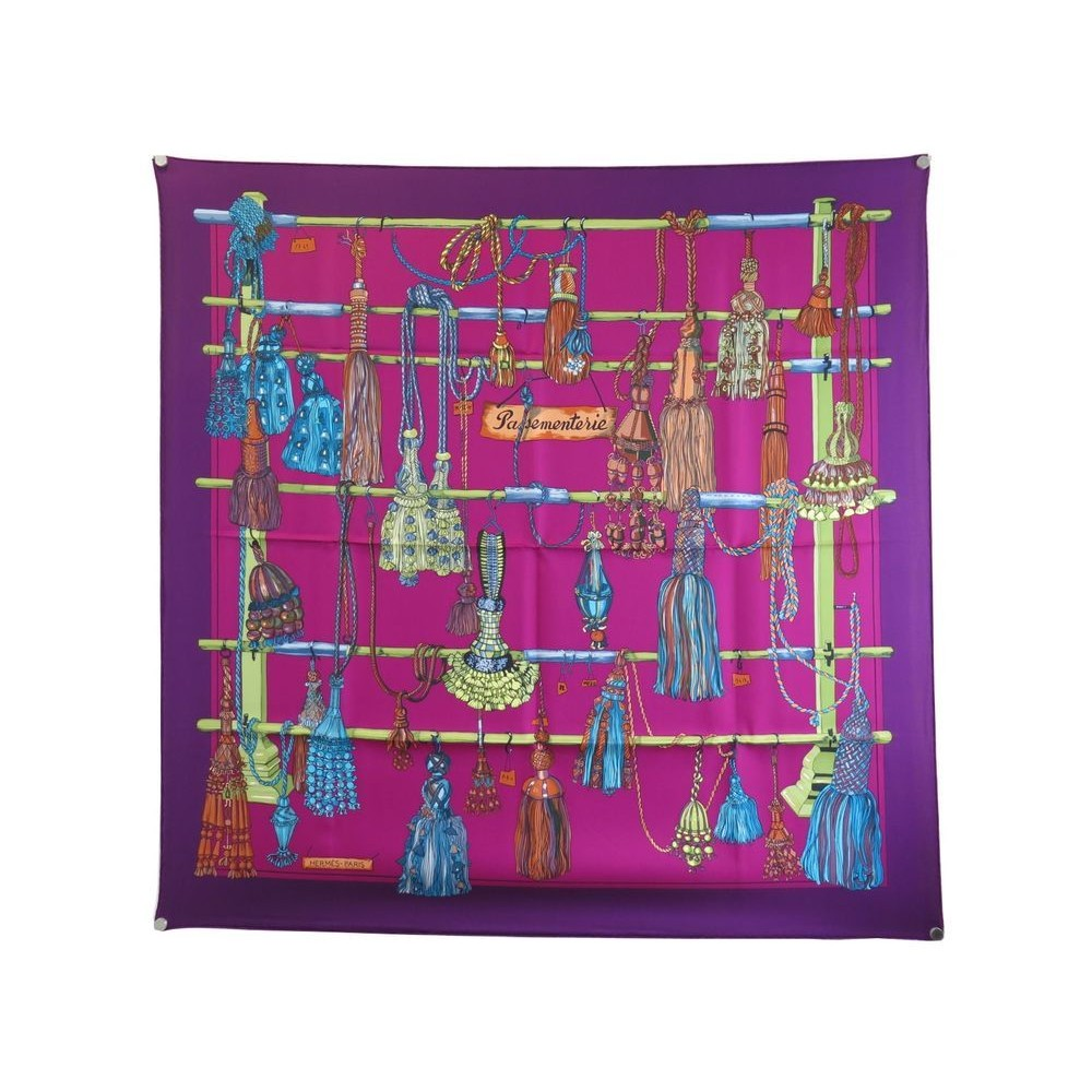 NEUF VINTAGE FOULARD HERMES PASSEMENTERIE CARRE 90 SOIE VIOLET SILK SCARF  360€. Loading zoom 8ee770a53cc