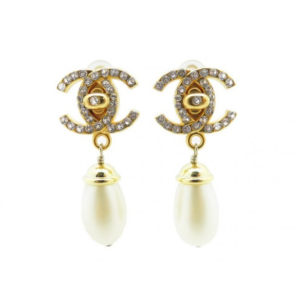 NEUF CHANEL BOUCLES D'OREILLES CHANEL PENDANTES 1996 DOREES PERLES EARRINGS 500€