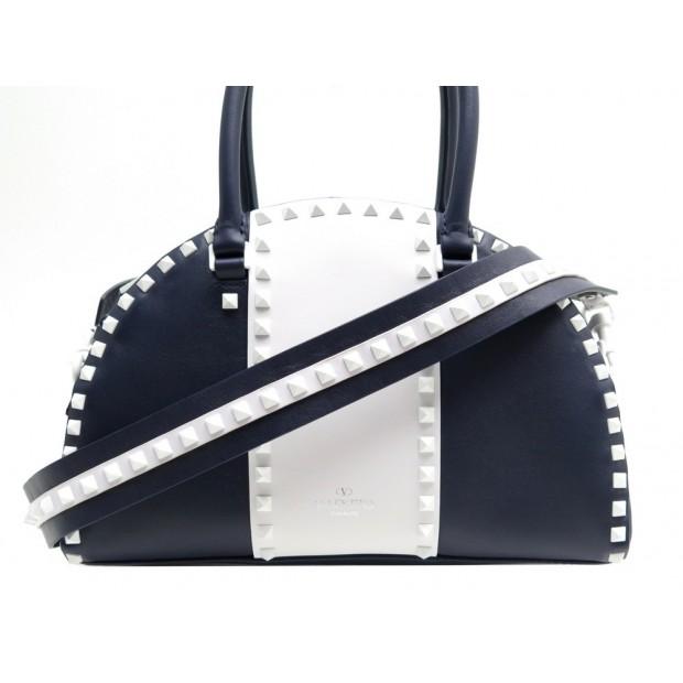 nouveau produit fc096 6ede0 sac a main valentino rockstud en cuir bleu
