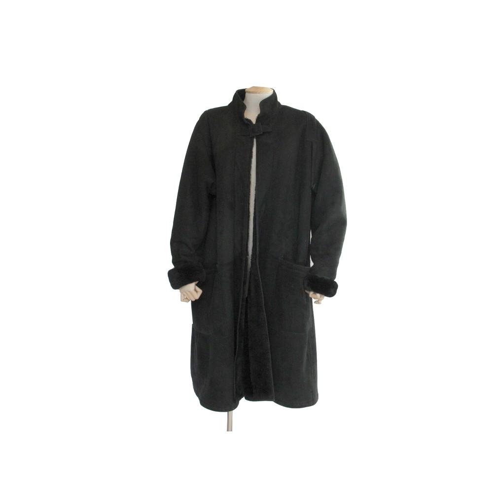 manteau long hermes en peau lainee 40 m cuir noir. Black Bedroom Furniture Sets. Home Design Ideas