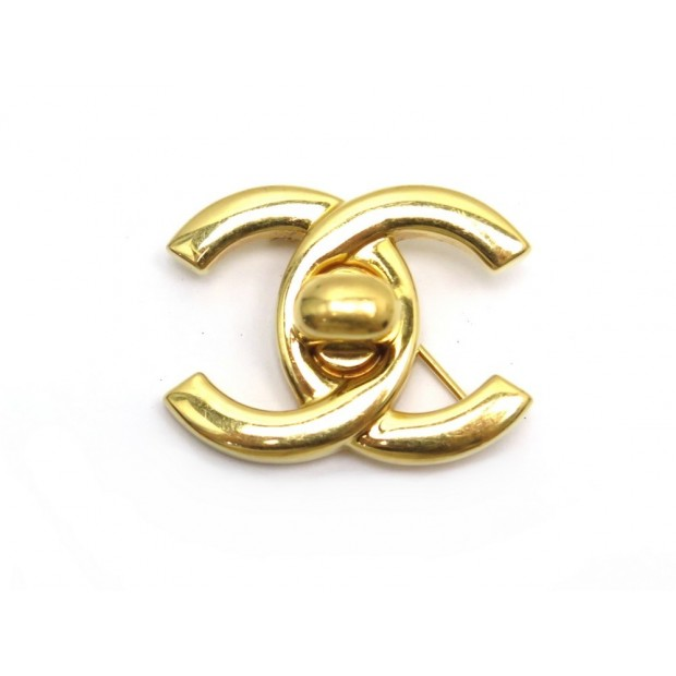 BROCHE CHANEL LOGO CC FERMOIR TIMELESS EN METAL DORE GOLDEN BROOCH 450€