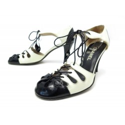 CHAUSSURES CHANEL ESCARPINS A LACETS 37.5 EN CUIR BICOLORE LEATHER SHOES 690€
