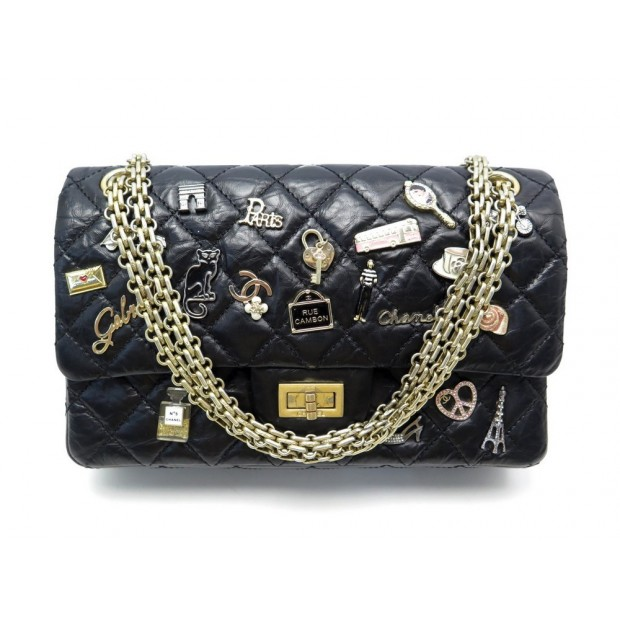 RARE SAC A MAIN CHANEL 2.55 M LUCKY CHARMS CUIR MATELASSE BANDOULIERE HAND BAG