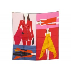 NEUF FOULARD CHRISTIAN DIOR SQUARE OUTFITS EN SOIE CARRE 90 NEW SILK SCARF 385€