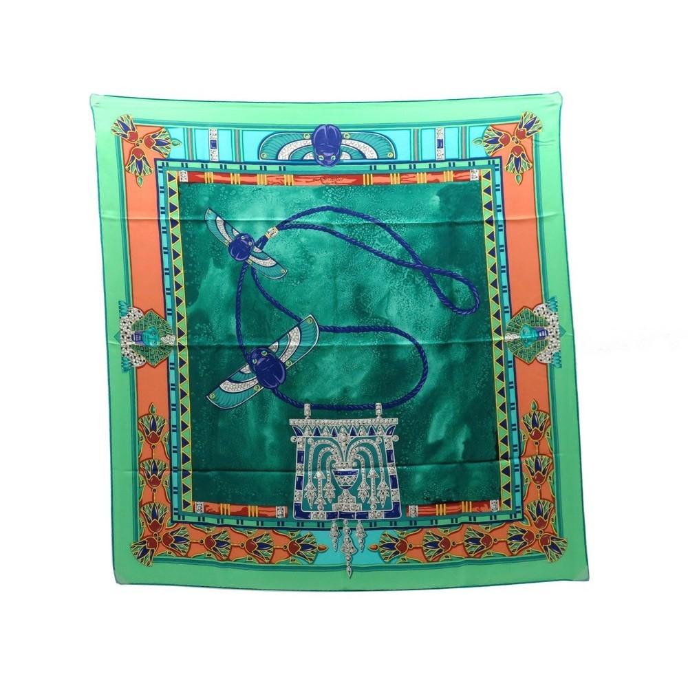foulard must de cartier carre en soie vert egypte 49e7f404b36