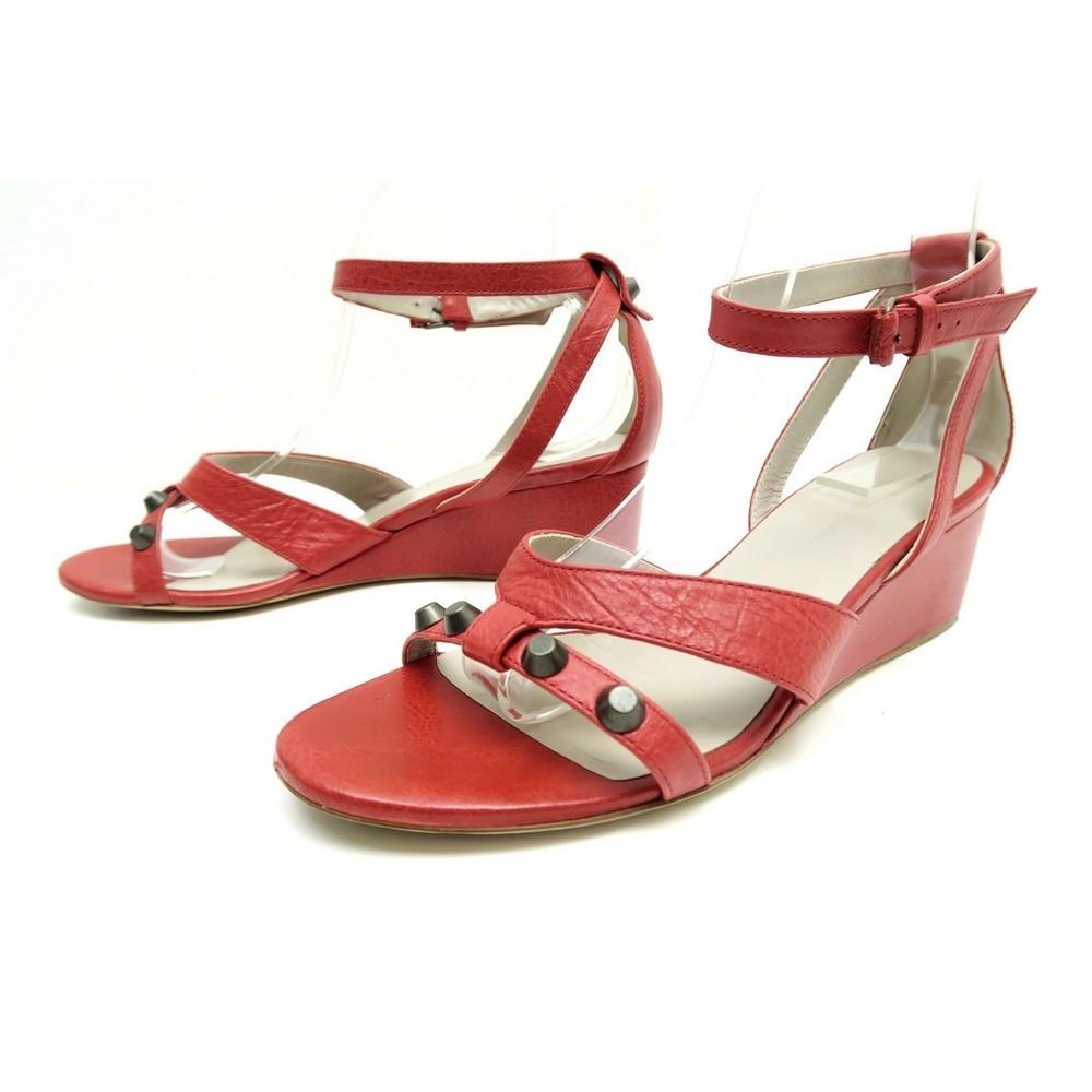 design intemporel 9051f a08ad chaussures balenciaga arena 39 sandales compensees en