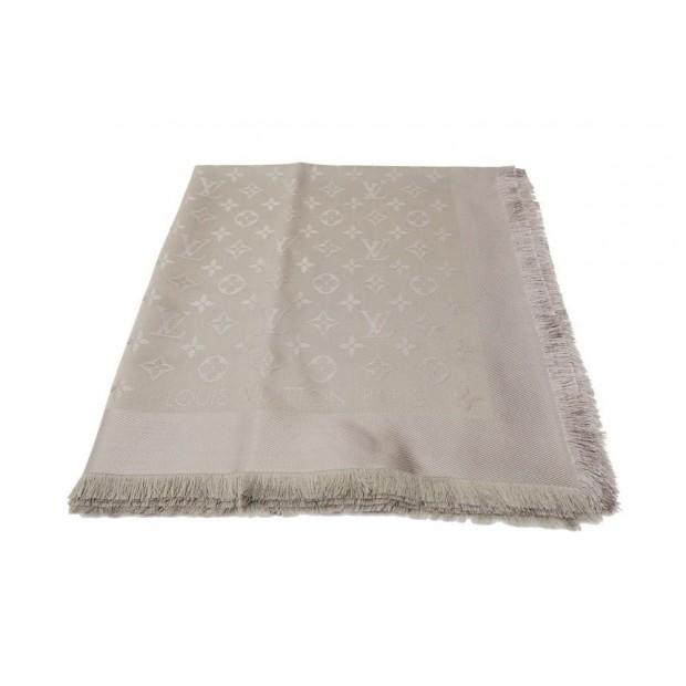 foulard louis vuitton chale monogram m72238 soie 3f392c451b8
