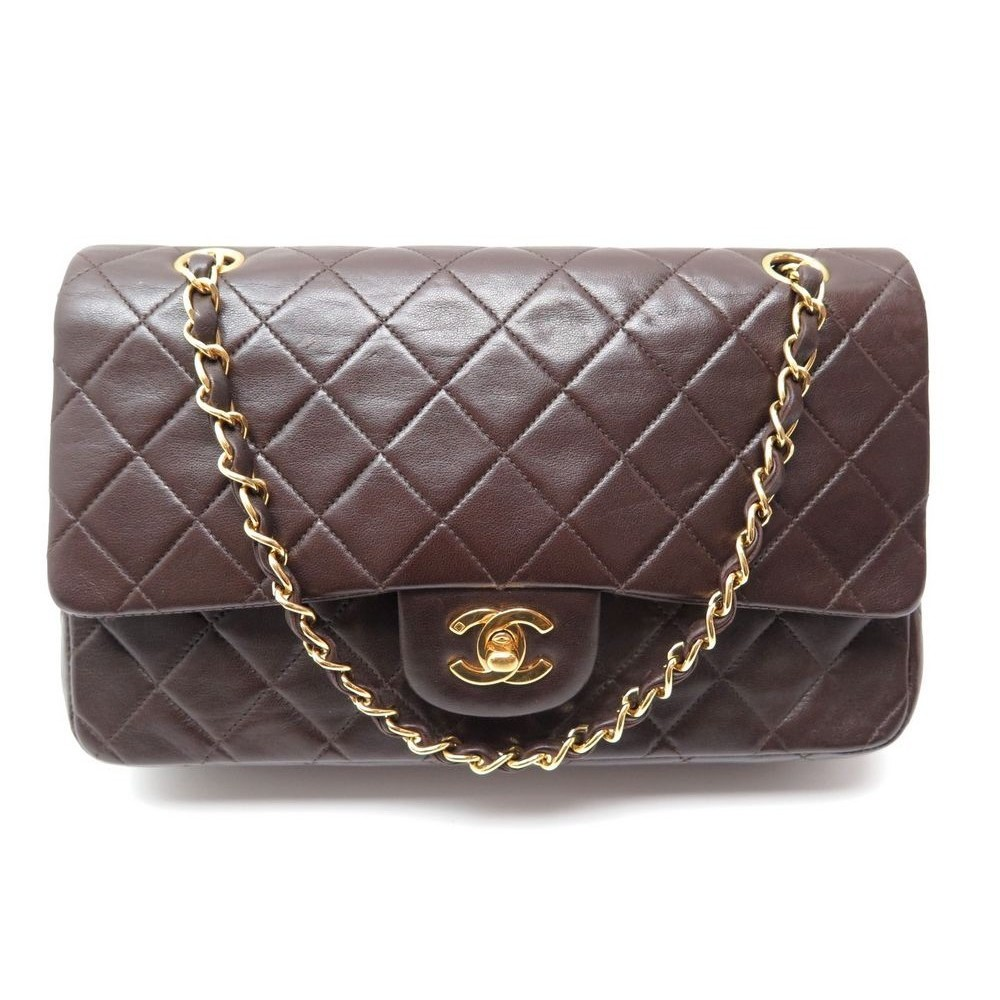 a539c3e2bf28 SAC A MAIN CHANEL TIMELESS 2.55 CUIR MATELASSE MARRON. Loading zoom