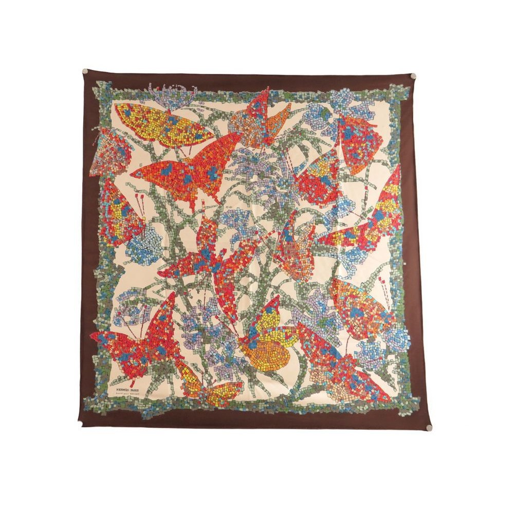d3f90871b277 RARE VINTAGE FOULARD HERMES GALLAY LISA COUTIN EN SOIE MULTICOLORE SILK  SCARF. Loading zoom