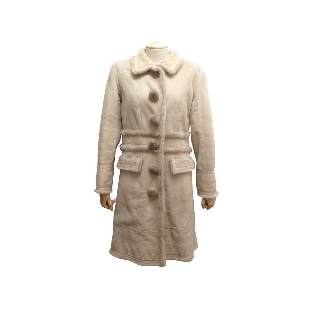 manteau louis vuitton m 40 en cuir mouton retourne. Black Bedroom Furniture Sets. Home Design Ideas