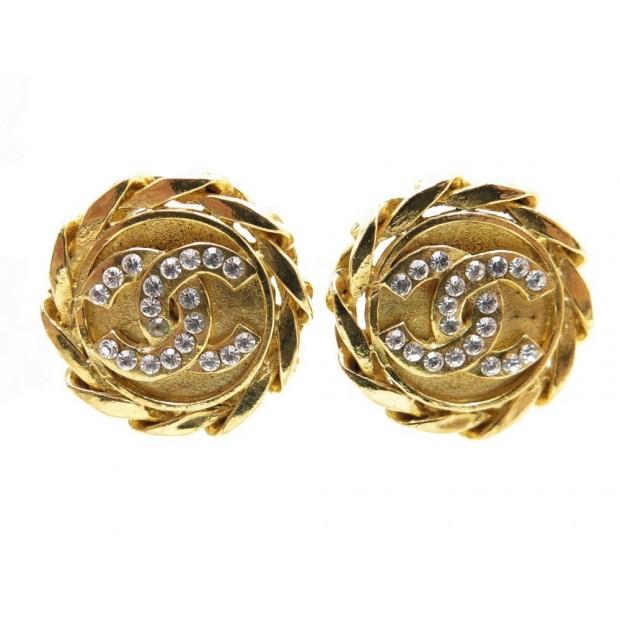 BOUCLES D'OREILLES CHANEL LOGO CC STRASS & METAL DORE GOLDEN EARRINGS 420€