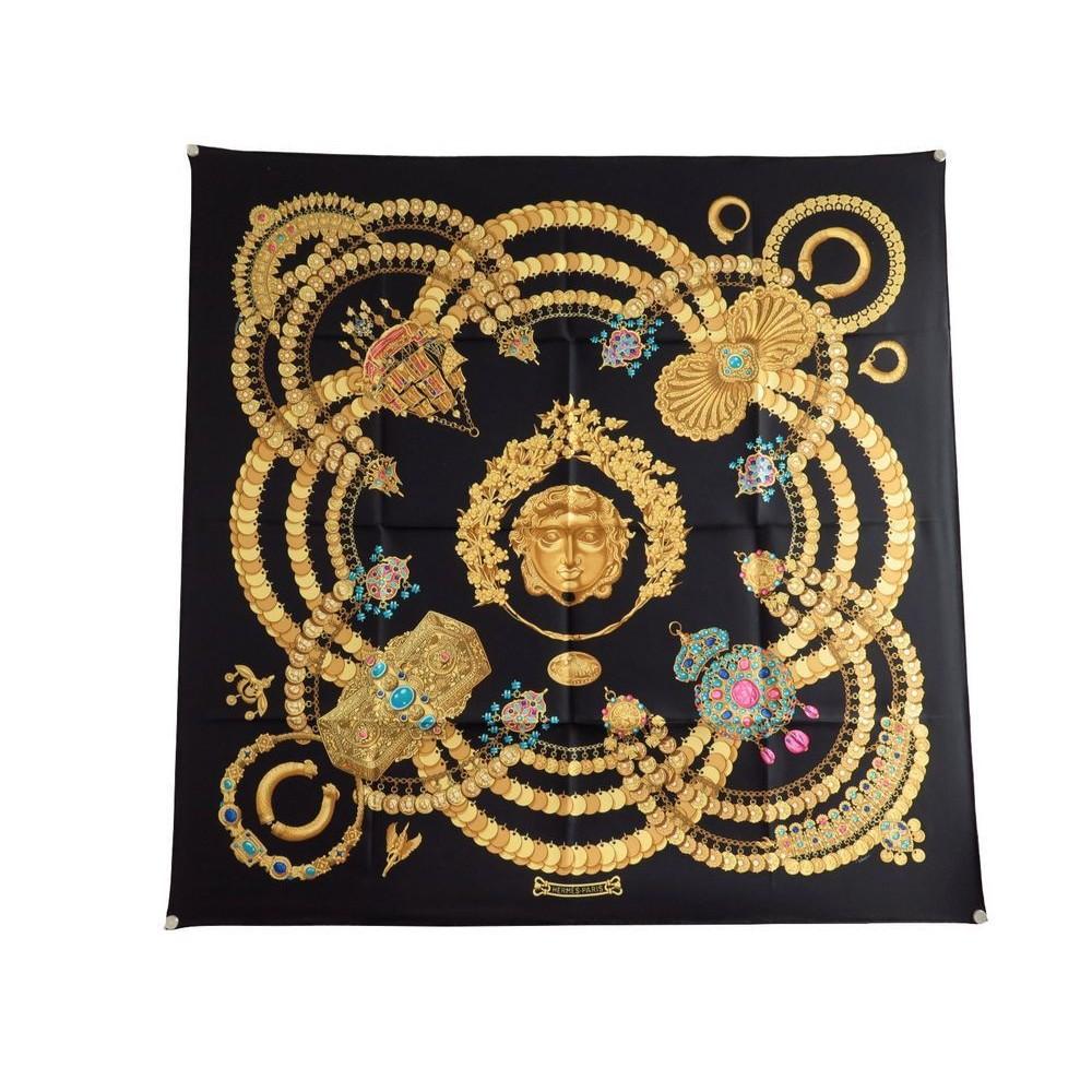 086c609d0ebb foulard hermes kosmima en soie noire carre 90 cm