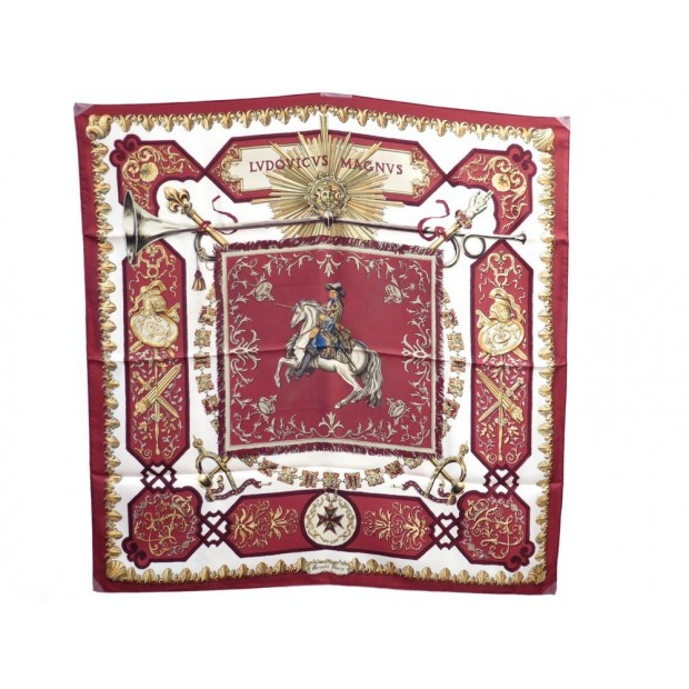FOULARD HERMES LOUIS XIV LUDOVICUS MAGNUS PERRIERE CARRE SOIE ROUGE SCARF 345€